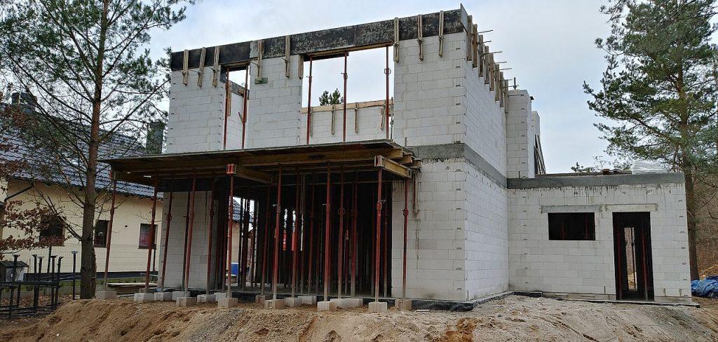 Firma budowlana Tuchom 26