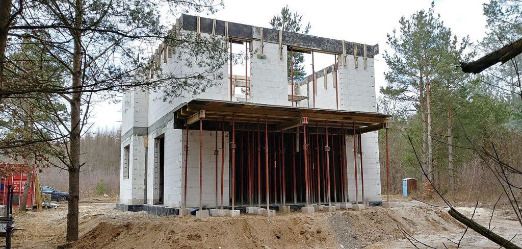 Firma budowlana Tuchom 27